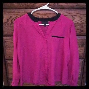 Worthington PXL magenta and black trimmed blouse